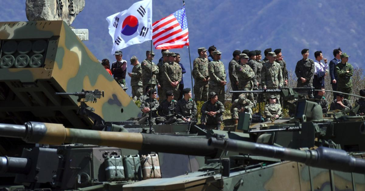 Kim Jong-un bất ngờ tập hợp quân đội trong 4 ngày, chuyện gì đang xảy ra? - Ảnh 2.
