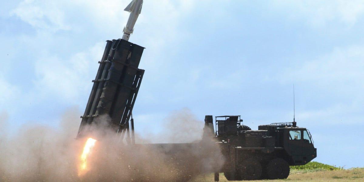Chạy đua tên lửa nóng lên ở châu Á vì lo ngại Trung Quốc - Ảnh 1.