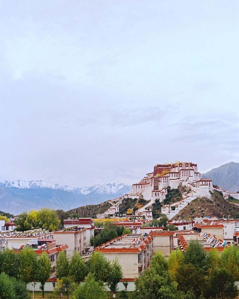 Du lịch tâm linh: Lhasa - Điểm đến ở độ cao 3.700m của hàng nghìn du khách - Ảnh 5.