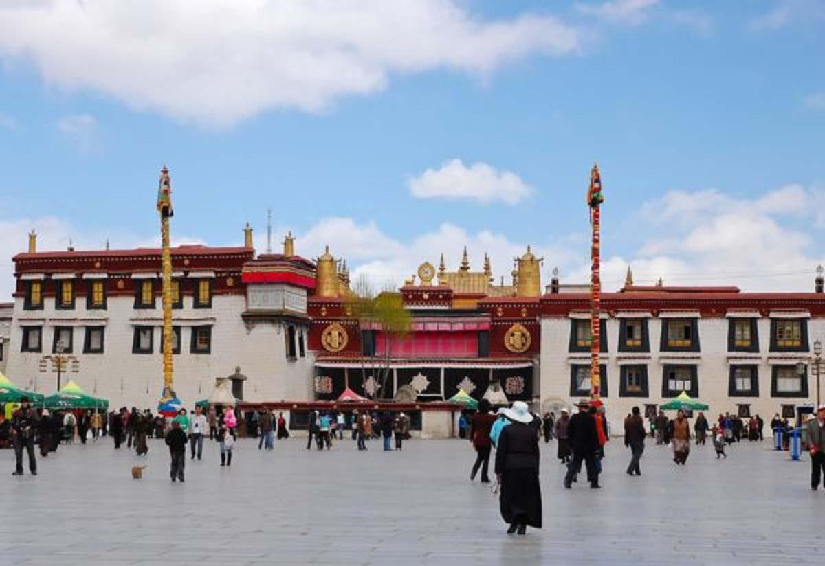 Du lịch tâm linh: Lhasa - Điểm đến ở độ cao 3.700m của hàng nghìn du khách - Ảnh 6.