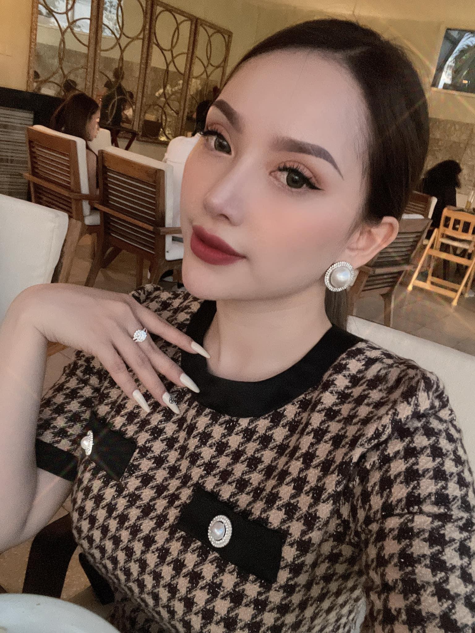 Sau khi chia tay hậu vệ Văn Thanh, hot girl Bảo Trân ngày càng gợi cảm - Ảnh 5.