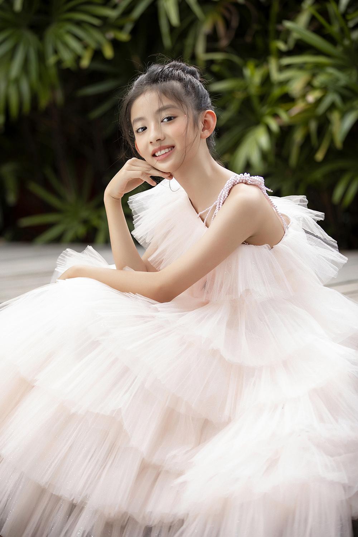 Những cô con gái xinh đẹp của các hoa hậu Việt - Ảnh 4.