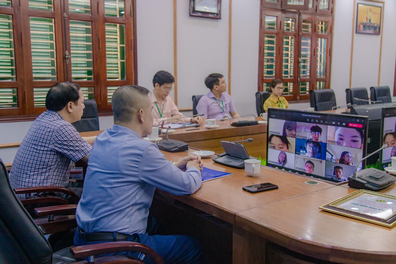 MB 200 triệu đồng học bổng cho Học viện Nông nghiệp Việt Nam - Ảnh 2.