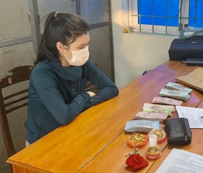 Quảng Bình: Con gái lục két sắt trộm gần 500 triệu của mẹ - Ảnh 1.
