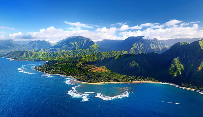 Mỹ: Hawaii quá tải du khách, khiến giới chức phải có động thái lạ - Ảnh 3.