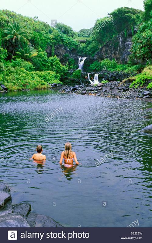 Mỹ: Hawaii quá tải du khách, khiến giới chức phải có động thái lạ - Ảnh 5.