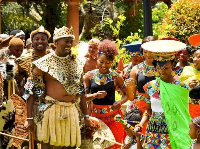 bt zulu1 16257065123731453485893 Công viên quái vật huyền bí bị lãng quên suốt 400 năm
