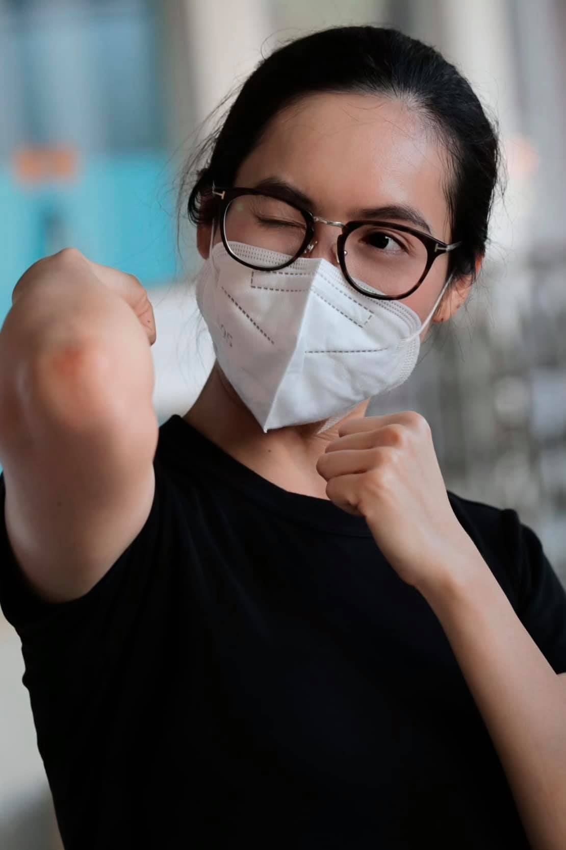 6bt 1625788339445687533401 Sao Việt 9/7: Lý Nhã Kỳ tự hào về mẹ, Việt Hương tiếp lửa cho người dân TP.HCM chống dịch