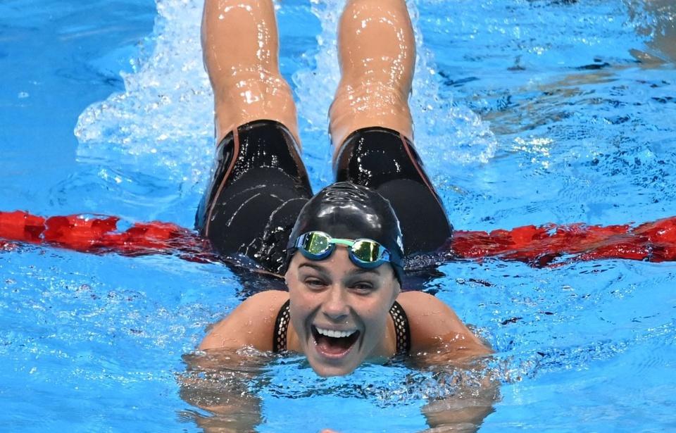 Nữ kình ngư 27 tuổi với nụ cười tỏa nắng, dù không bảo vệ thành công HCV Olympic - Ảnh 1.