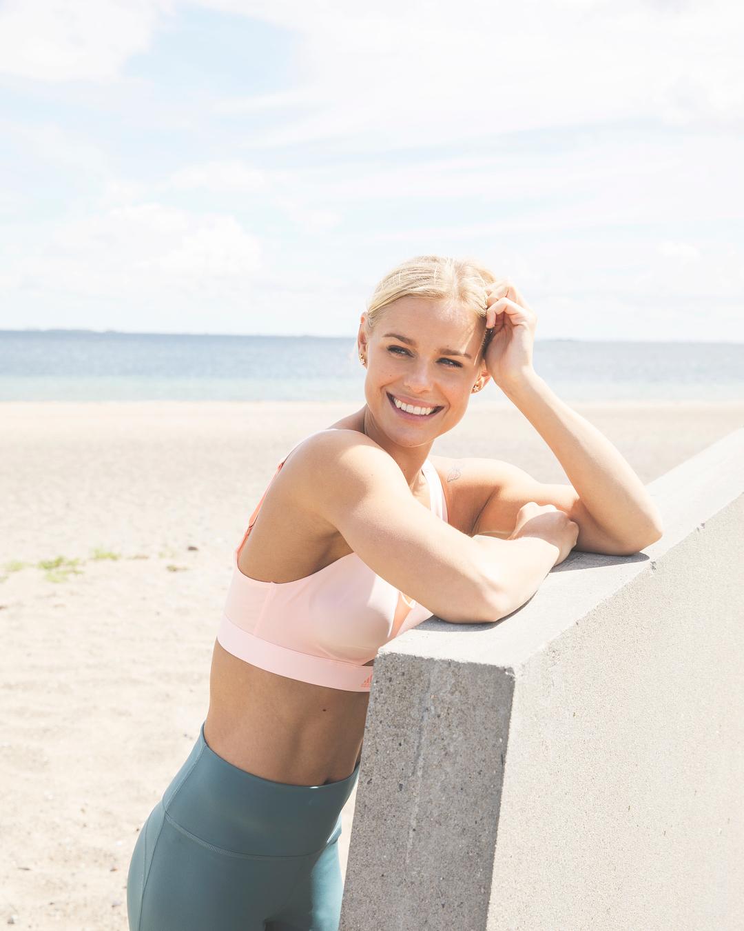 Nữ kình ngư 27 tuổi với nụ cười tỏa nắng, dù không bảo vệ thành công HCV Olympic - Ảnh 6.