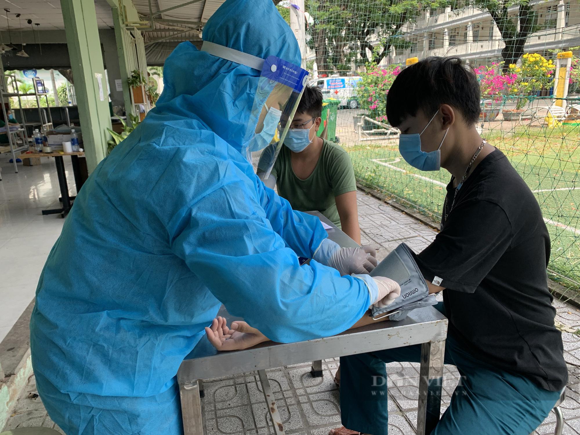 TP.HCM có các đội tiêm vaccine Covid-19 lưu động đầu tiên - Ảnh 5.