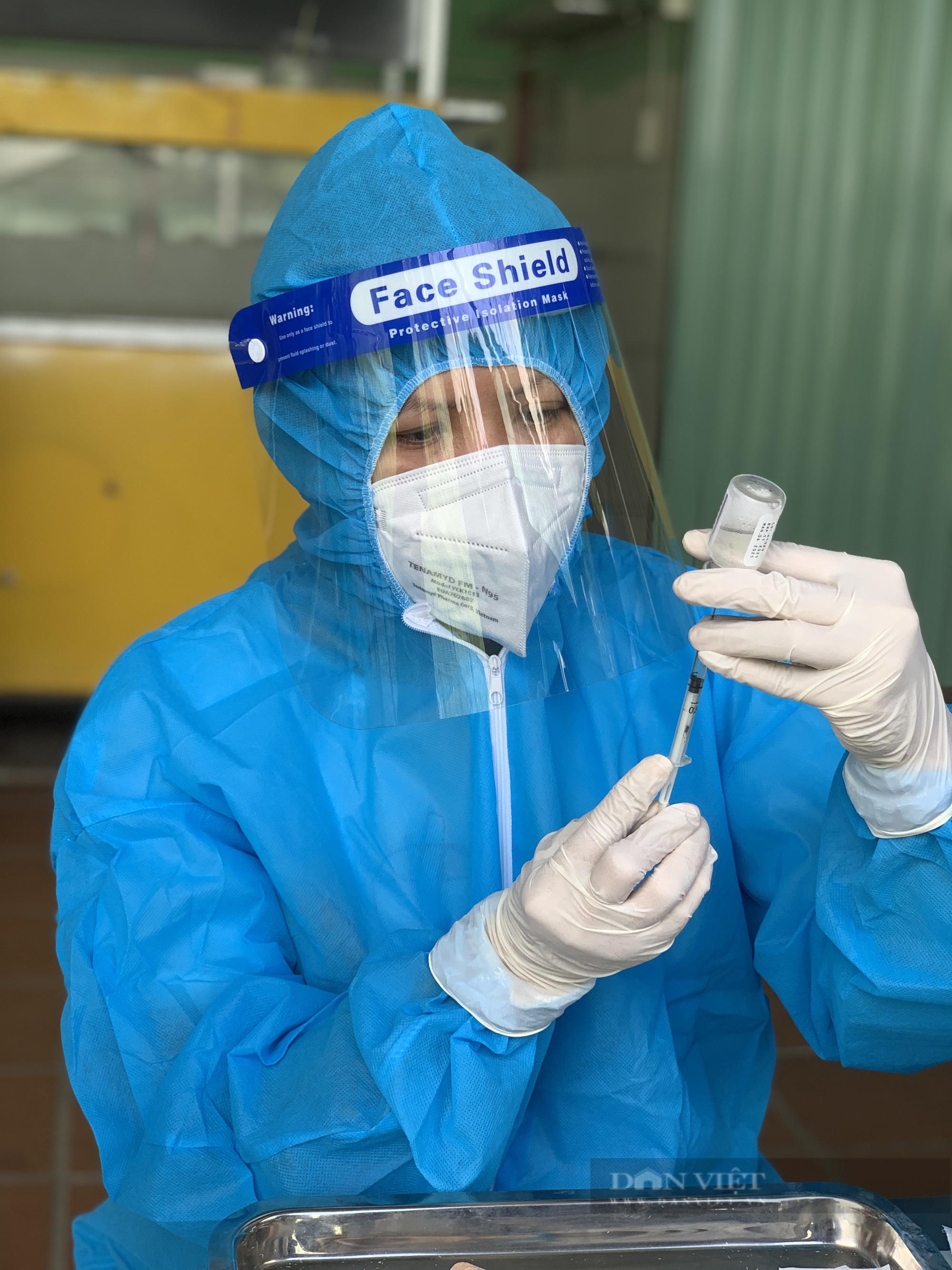 TP.HCM có các đội tiêm vaccine Covid-19 lưu động đầu tiên - Ảnh 6.