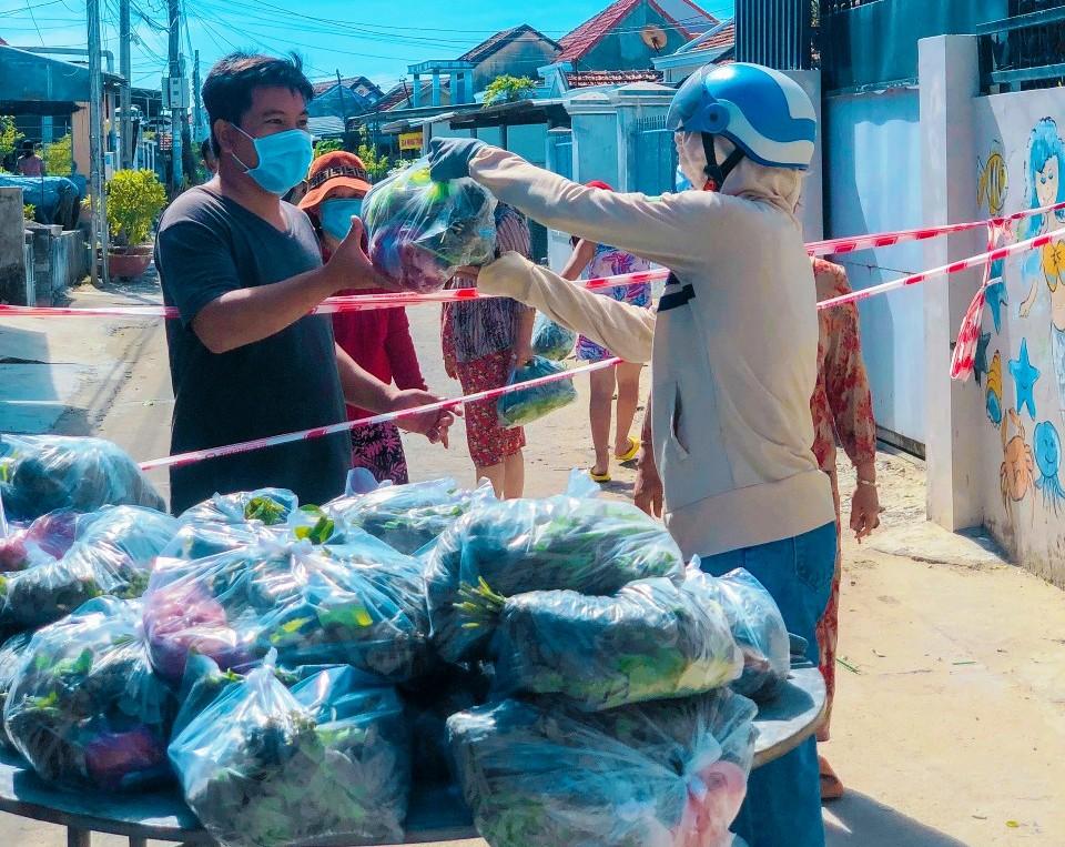 Hội Nông dân Khánh Hòa: Nhiều hoạt động chung tay phòng, chống dịch Covid-19 - Ảnh 10.