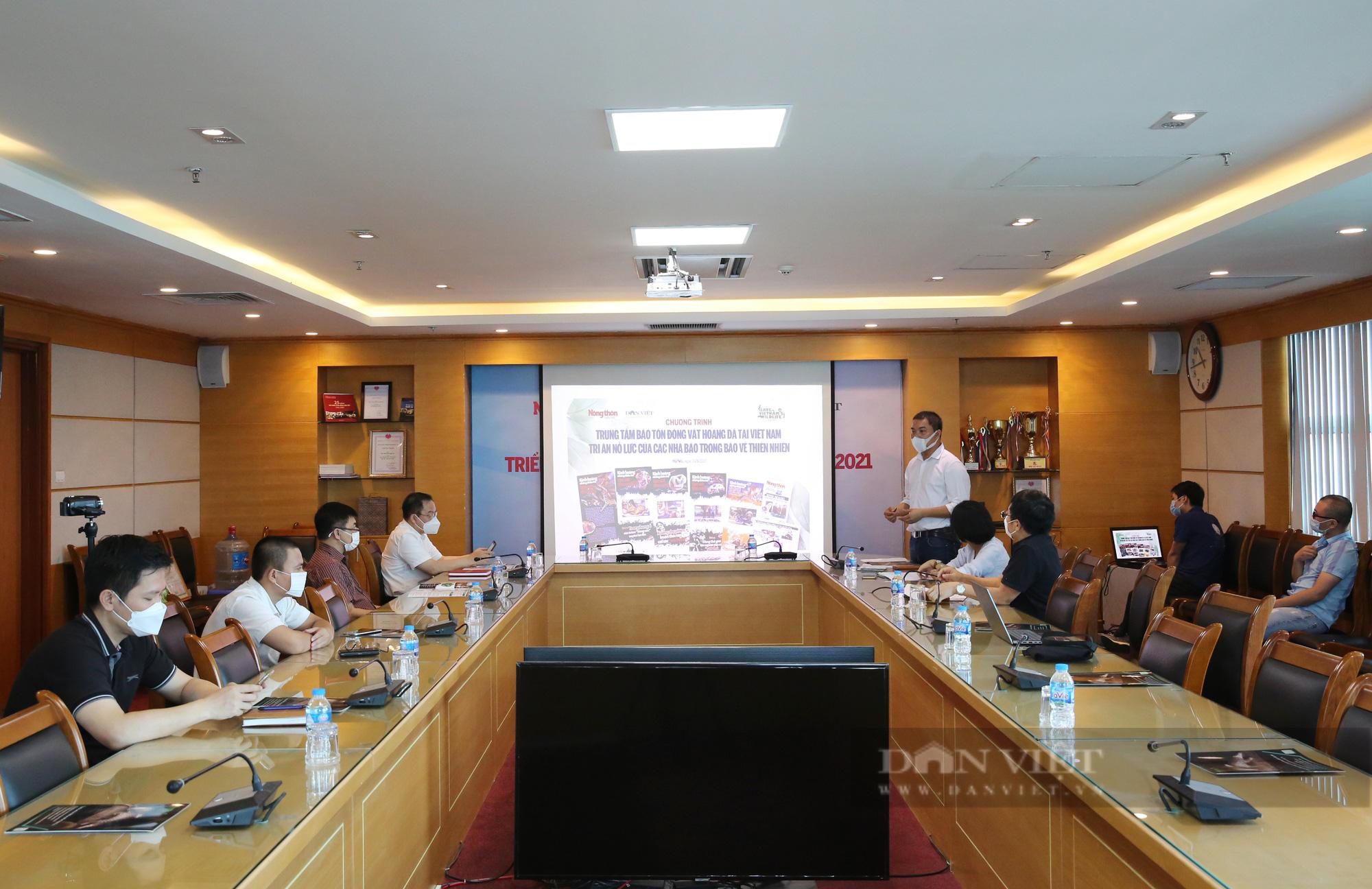 Trung tâm Bảo tồn Động vật hoang dã tại Việt Nam tri ân nhóm phóng viên nỗ lực bảo vệ thiên nhiên - Ảnh 2.