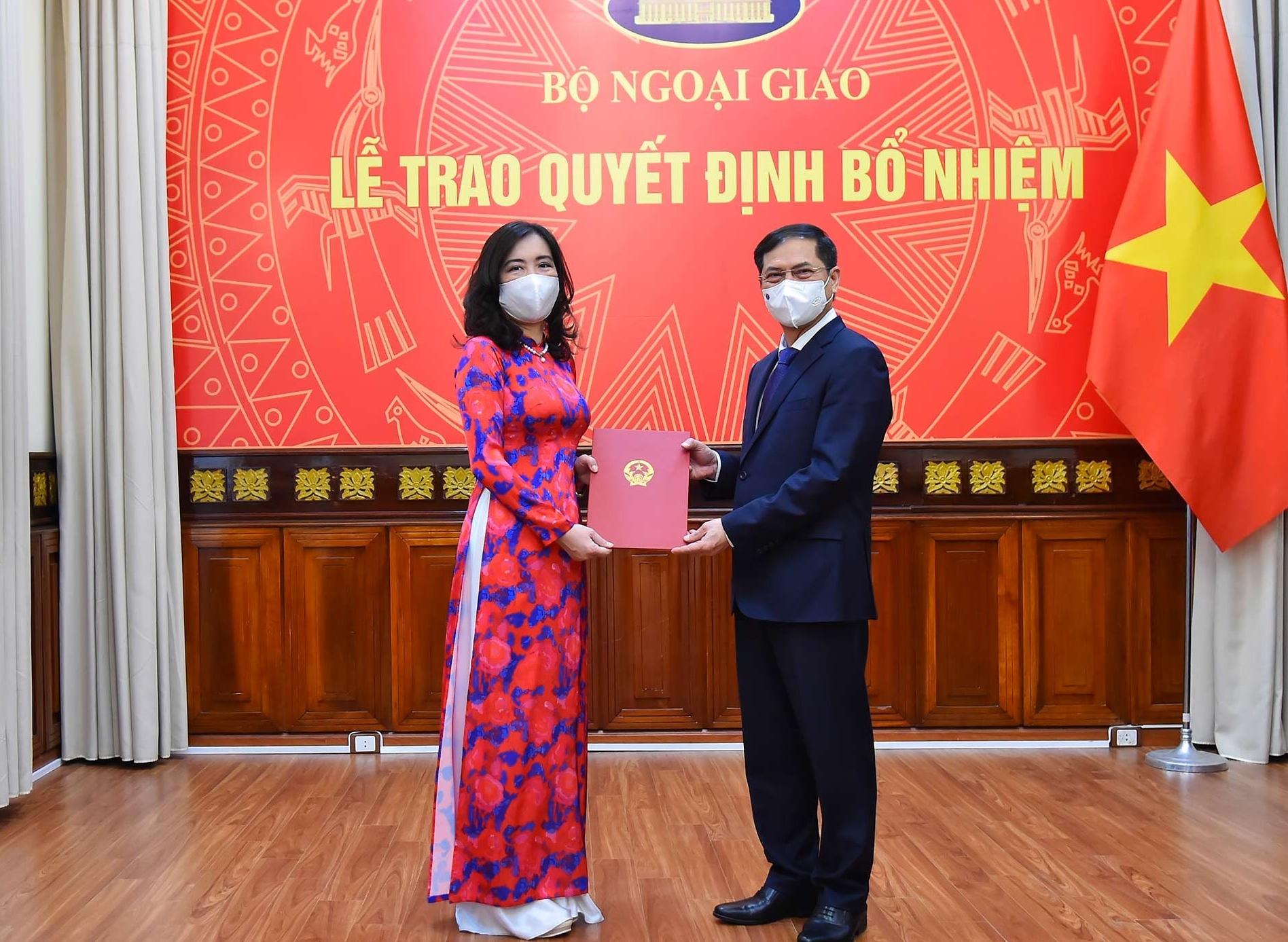 Người phát ngôn Bộ Ngoại giao Lê Thị Thu Hằng được bổ nhiệm thêm chức vụ mới - Ảnh 2.