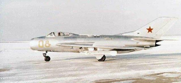 Tại sao Liên Xô không viện trợ trực tiếp MiG-19 cho Việt Nam? - Ảnh 1.