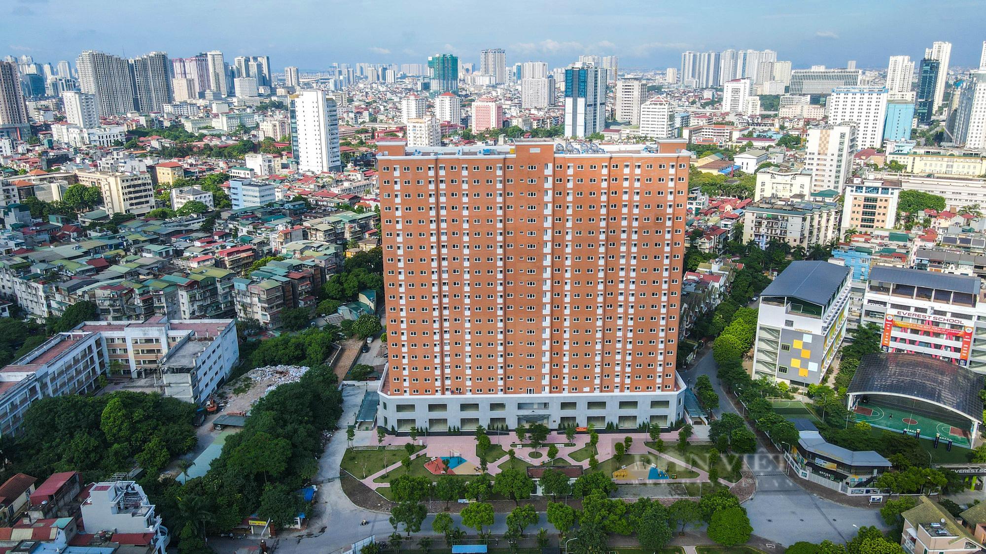 Điểm qua các khu nhà tái định cư được trưng dụng là bệnh viện dã chiến tại Hà Nội - Ảnh 1.