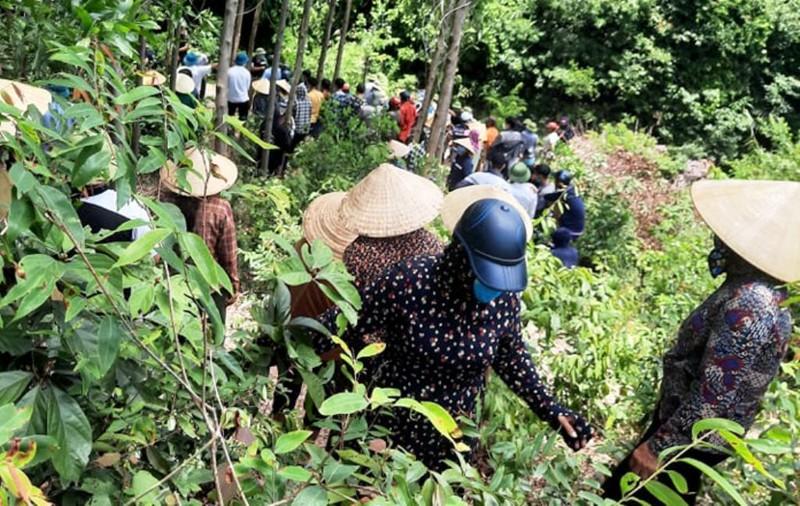 Hà Tĩnh: Hoàn cảnh bi đát của 3 học sinh bị đuối nước khi lên rừng hái sim - Ảnh 1.