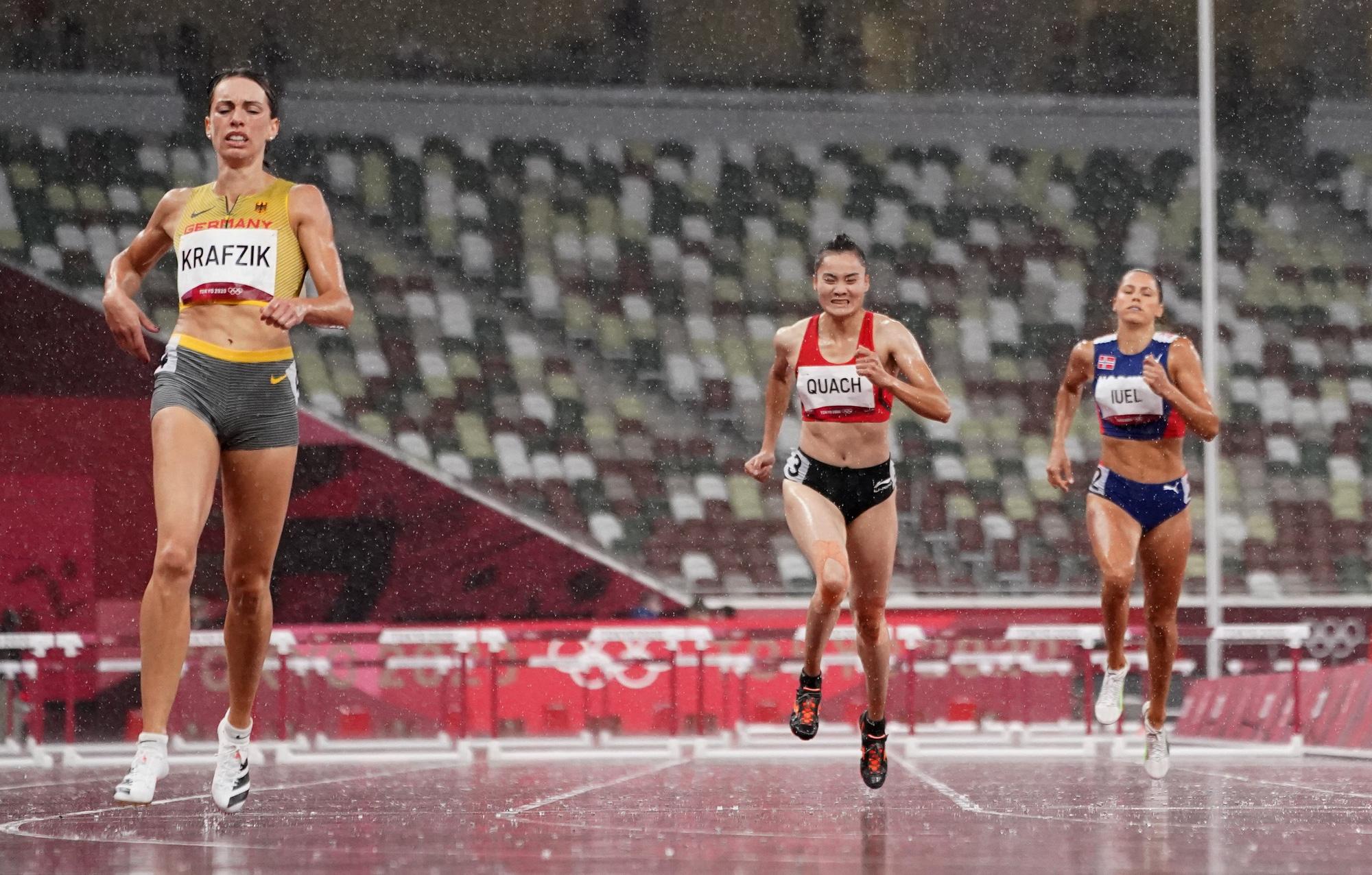 Olympic Tokyo 2020: Quách Thị Lan thua cuộc dưới mưa! - Ảnh 1.