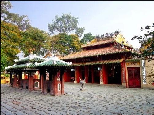 Vì sao vua Minh Mạng san bằng mộ Lê Văn Duyệt, viết lời cay đắng? - Ảnh 1.