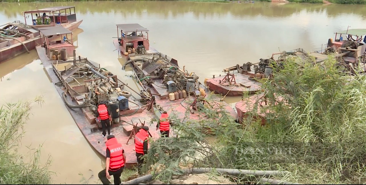 base64 1629701923794968476308 Đắk Lắk: Khởi tố Giám đốc HTX vì khai thác cát trái phép trên dòng sông Krông Nô