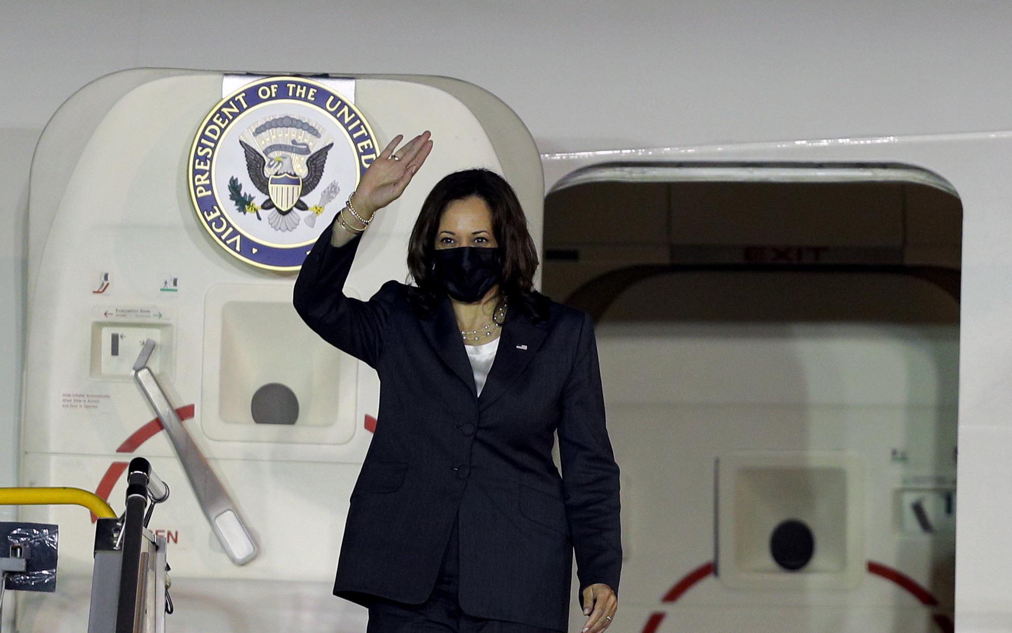 Phó Tổng thống Mỹ thông báo tặng thêm Việt Nam 1 triệu liều vaccine Covid-19