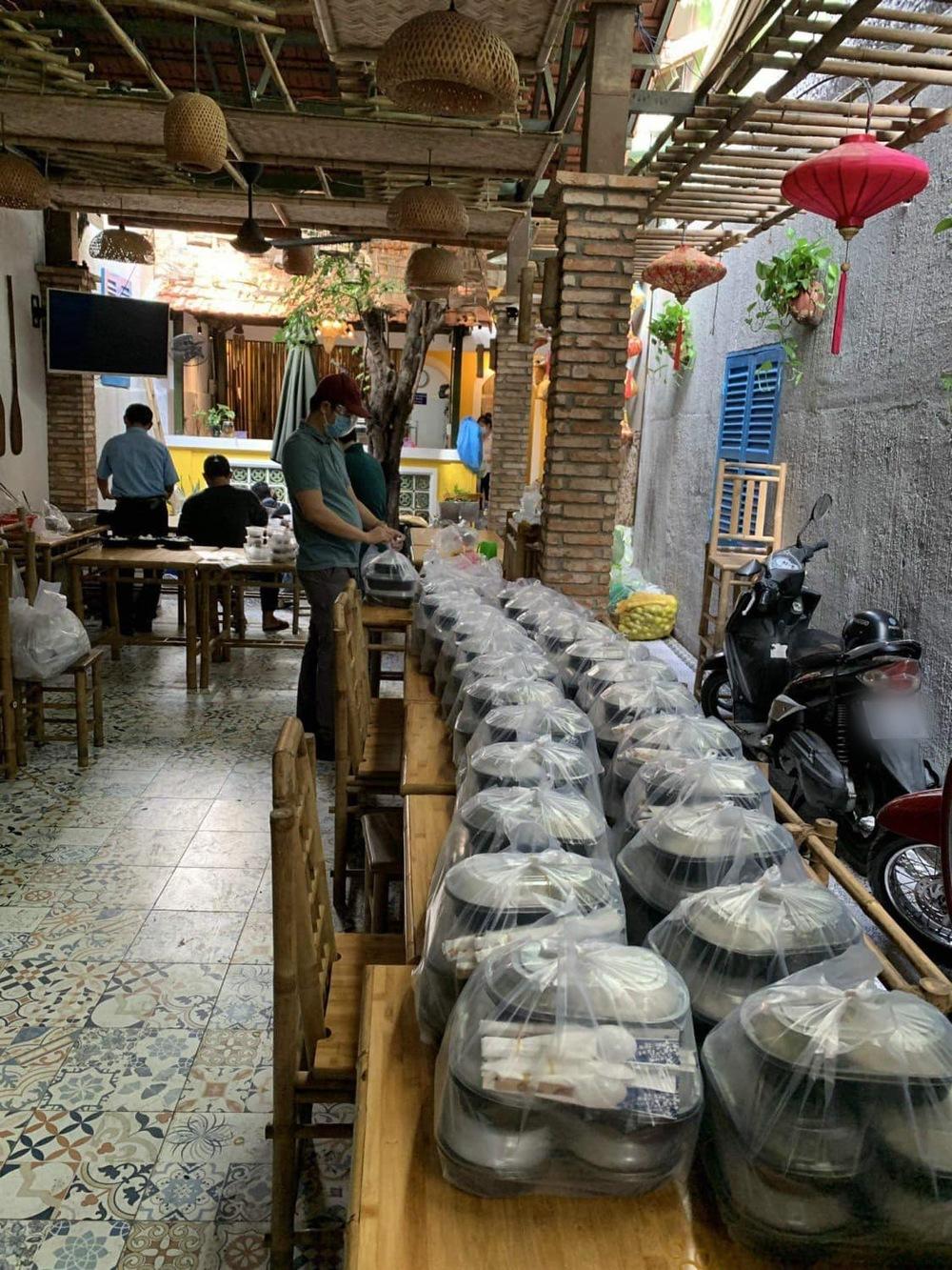 Hot sao Việt (25/8): Đàm Vĩnh Hưng tiếp tục nhắc đến 96 tỷ đồng giữa vụ ồn ào tiền từ thiện - Ảnh 3.