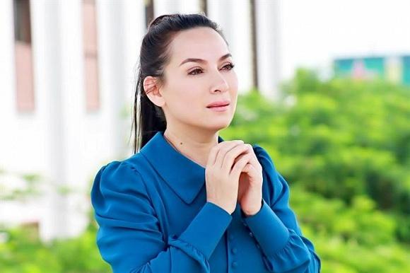 Ca sĩ Phi Nhung đã qua cơn nguy kịch, con gái ở Mỹ đứng ngồi không yên - Ảnh 2.