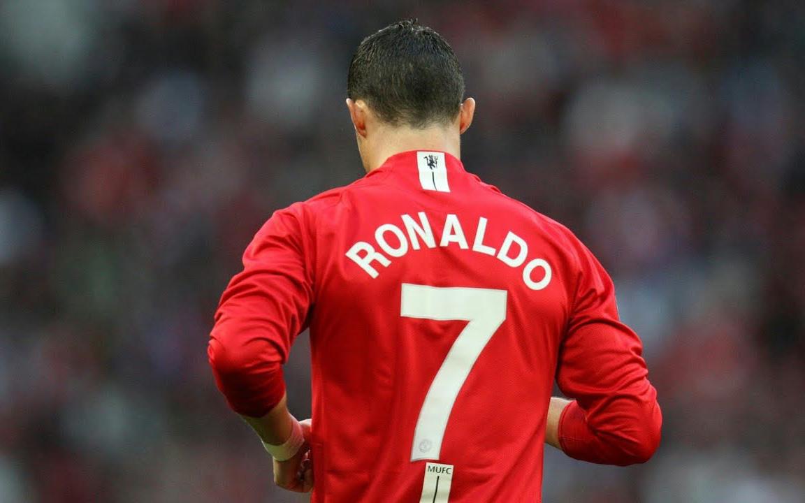 Trang chủ Premier League bất ngờ công bố số áo của Ronaldo