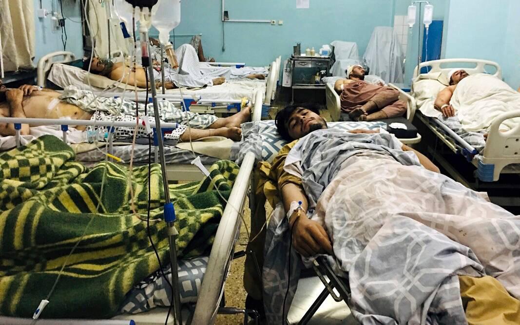 Khủng bố Kabul: Kịch bản tệ hại nhất cho Biden, đòn nặng cho Taliban