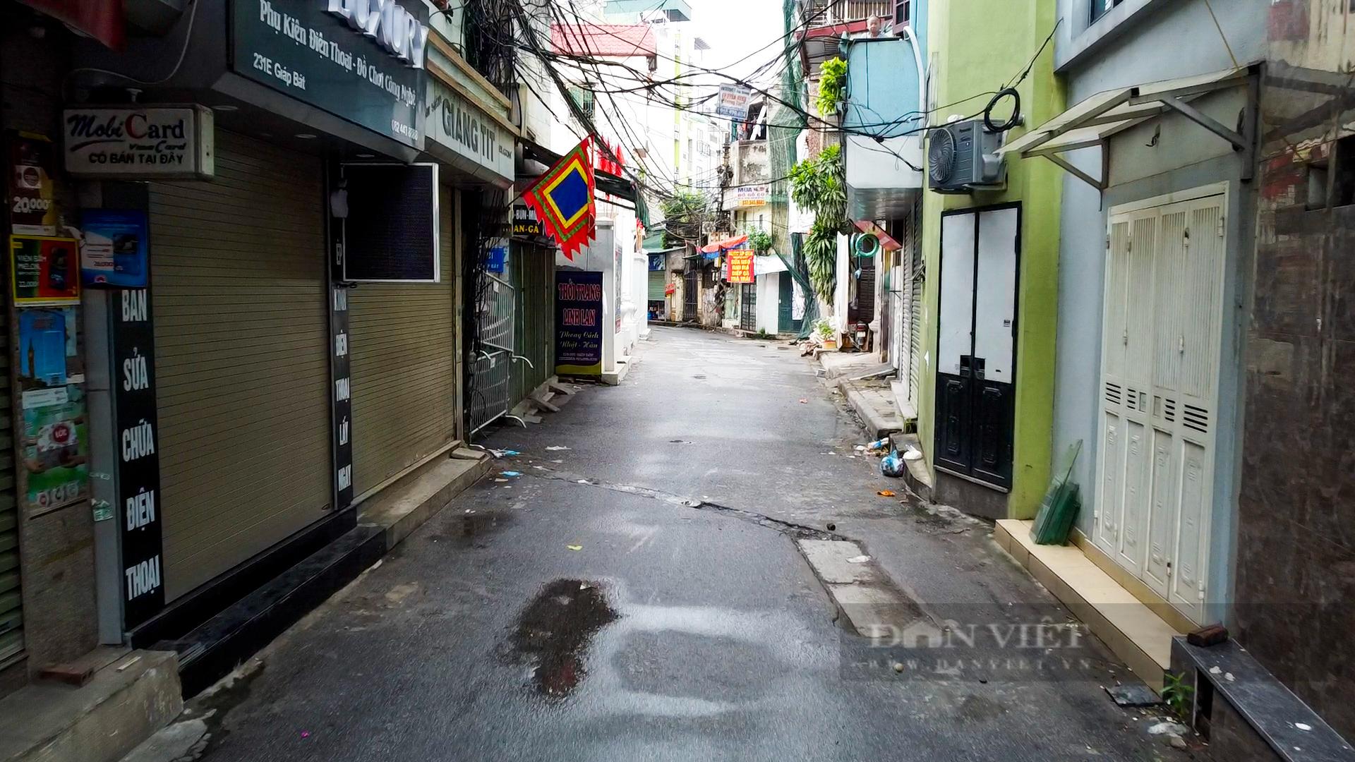 Hà Nội: Bên trong vùng cách ly y tế diện rộng ở phường Giáp Bát  - Ảnh 11.