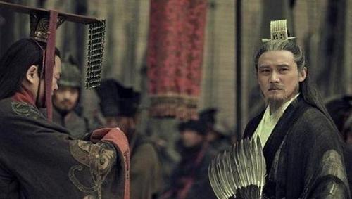 Lưu Bị đã nói gì mà khiến Gia Cát Lượng nghe xong, đến chết cũng không dám soán ngôi của Lưu Thiện - Ảnh 2.