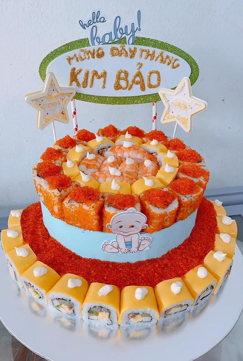 """""""Mục sở thị"""" bánh sinh nhật làm từ cá sống giá cả triệu đồng/chiếc, phải đặt trước may ra mới có - Ảnh 5."""