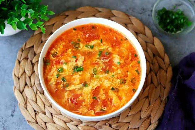 Nấu canh cà chua trứng thơm ngon, không tanh cần biết mẹo này - Ảnh 6.