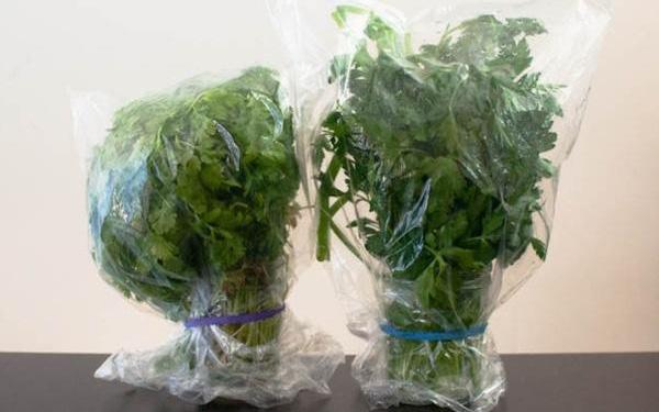Những tuyệt chiêu giữ tươi rau củ cực lâu, không ngờ cực hữu ích thời điểm này