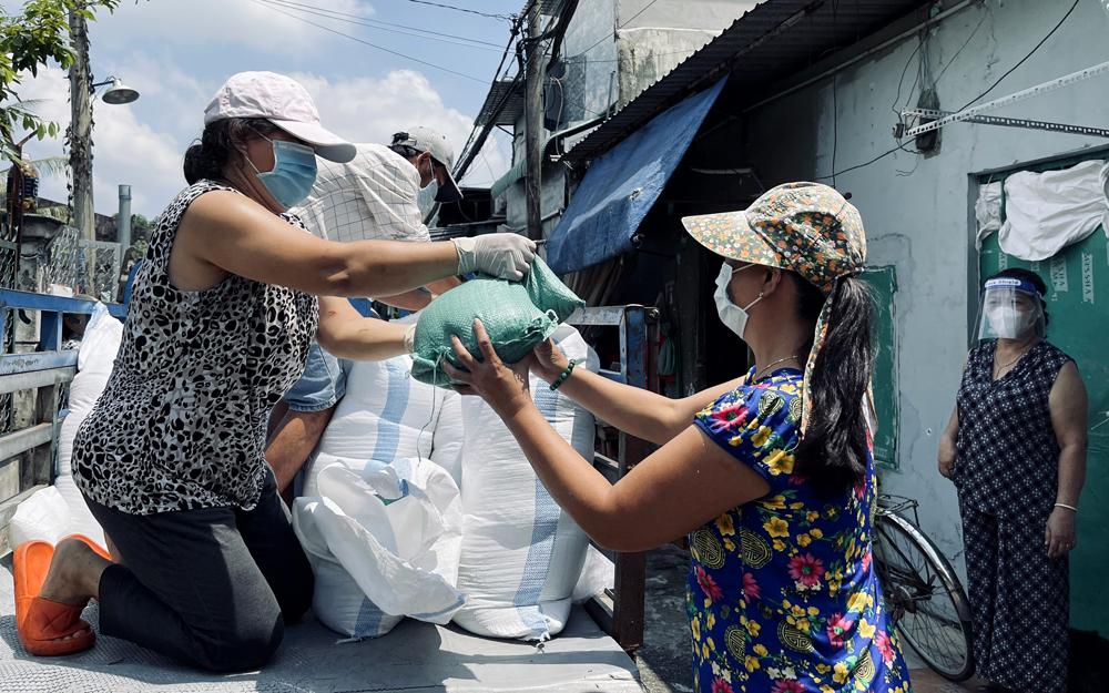 TP.Thủ Đức: Cán bộ chi Hội nông dân giúp dân vượt khó từ nhà trọ 0 đồng tới bán đấu giá từng chậu bonsai