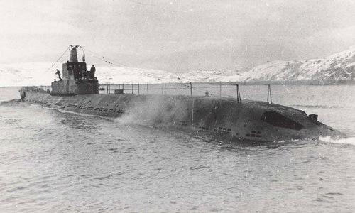 Tàu ngầm P-2 của Liên Xô: Hỏa lực bằng 10 tàu ngầm Mỹ, chở được cả xe tăng - Ảnh 2.