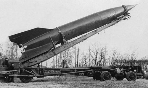 Tàu ngầm P-2 của Liên Xô: Hỏa lực bằng 10 tàu ngầm Mỹ, chở được cả xe tăng - Ảnh 3.