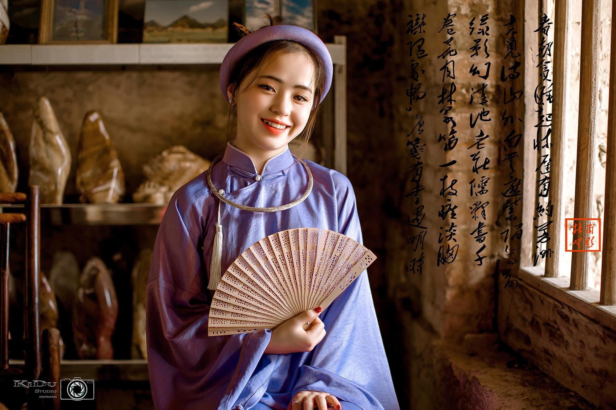 """Vẻ đẹp trong sáng của """"cô bé bán lê"""", có chiếc răng khểnh đáng yêu tại cao nguyên đá Hà Giang - Ảnh 10."""