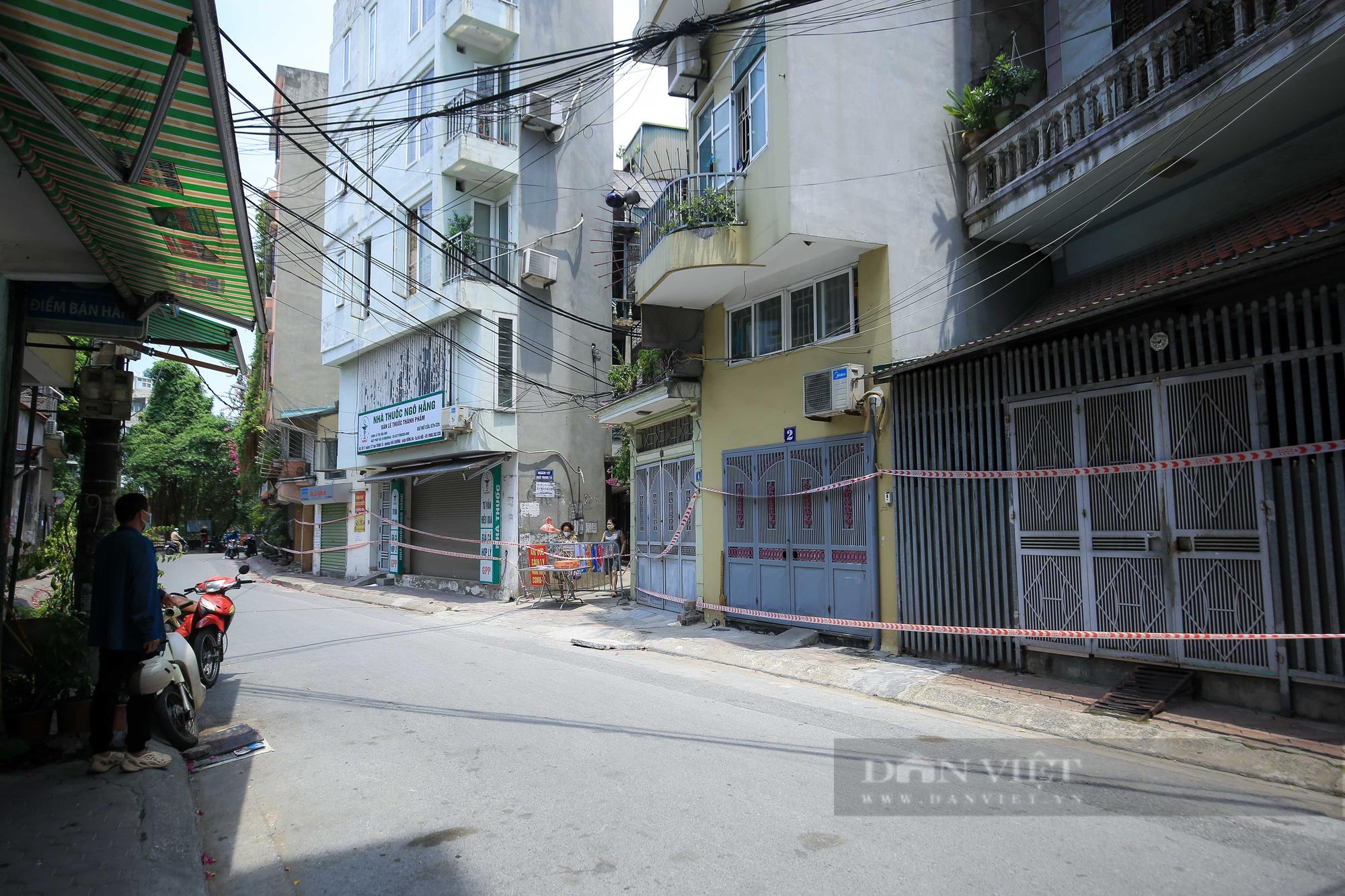 Phong toả 900 hộ dân và 2.800 nhân khẩu tại một phường của Hà Nội - Ảnh 12.
