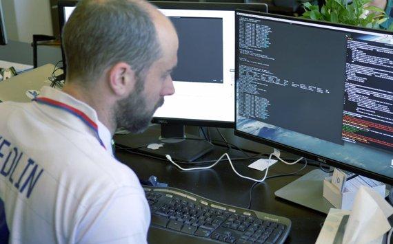 """Hacker Nga tiếp tục khiêu khích Mỹ, bất chấp cảnh báo """"thép"""" - Ảnh 2."""
