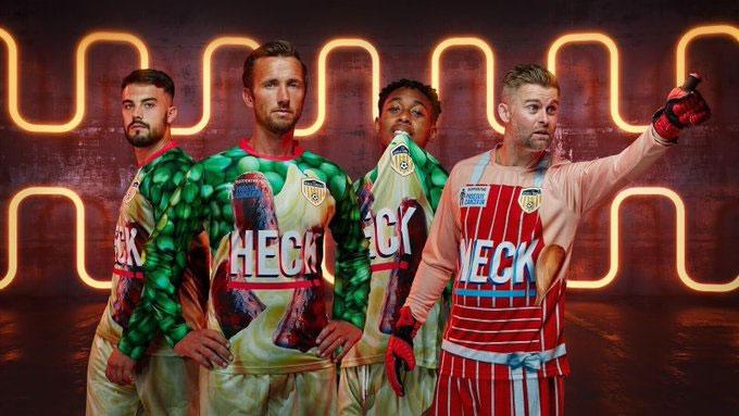 Bedale giới thiệu mẫu trang phục 'xuyên thấu' đầu tiên trong bóng đá - Ảnh 2.
