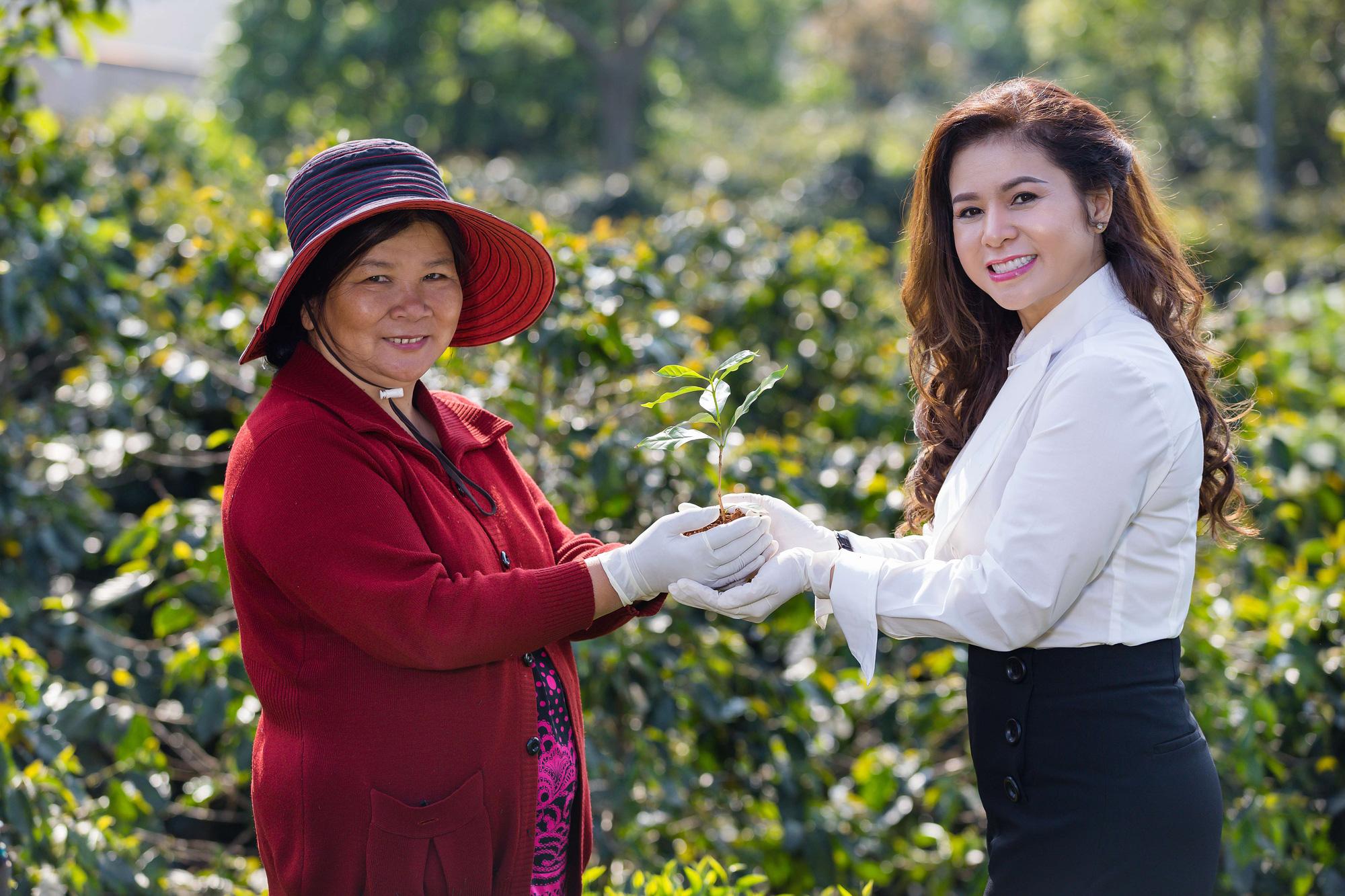 Bà Lê Hoàng Diệp Thảo công bố dự án Happy Farmers cầu nối liên kết với các nhà cung ứng của Việt Nam - Ảnh 3.