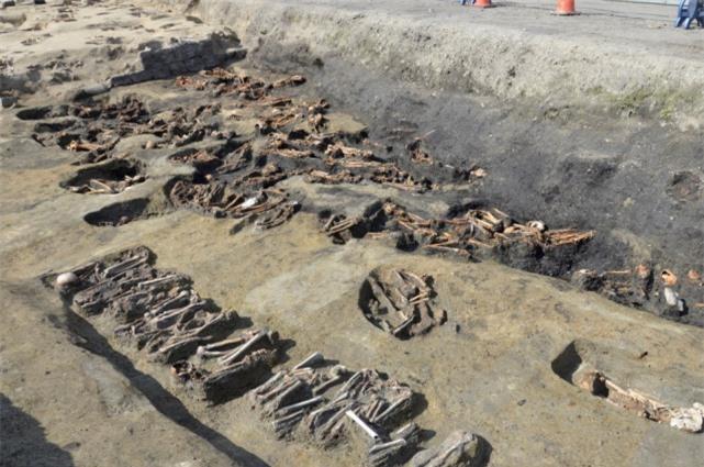 Khu mộ cổ Nhật Bản chôn cất 1.500 hài cốt: Đại dịch kinh hoàng không kém Covid-19? - Ảnh 3.