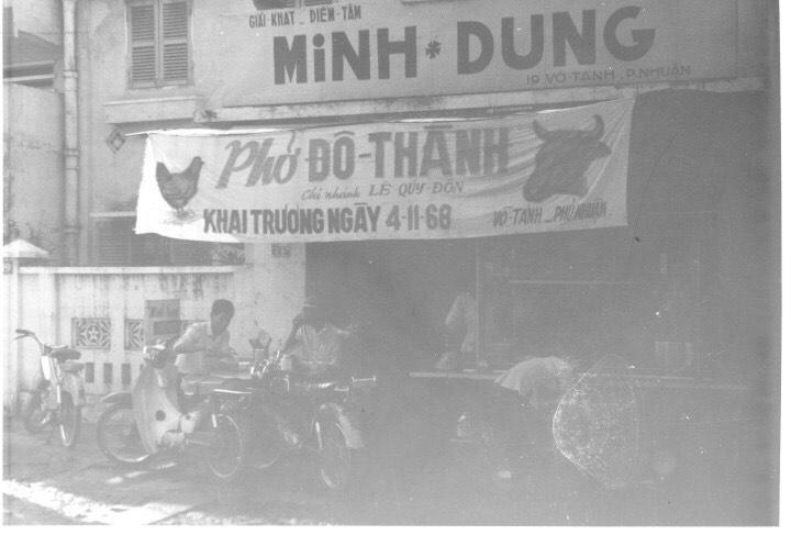 Vì sao hết giãn cách, nhiều người chỉ mong ăn một lúc 2-3 tô phở Sài Gòn? - Ảnh 4.