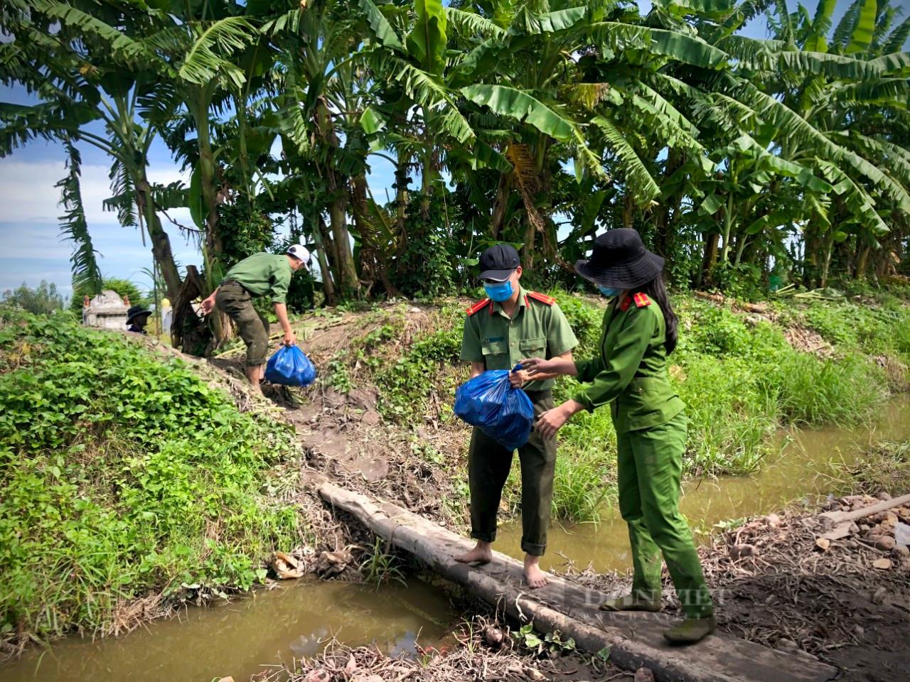 Công an huyện Giồng Riềng giúp nông dân tiêu thụ gần 180 tấn khoai lang - Ảnh 2.