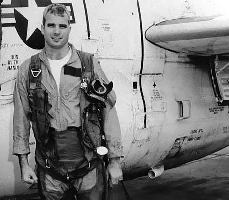Báo Nga nhắc lại chiến tích Việt Nam bắn hạ máy bay John McCain - Ảnh 8.