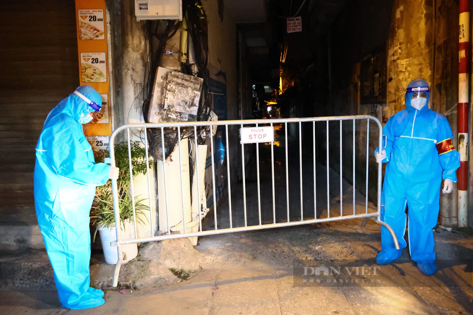Hà Nội: Dỡ bỏ cách ly y tế với hơn 300 người dân tại phường Chương Dương - Ảnh 7.
