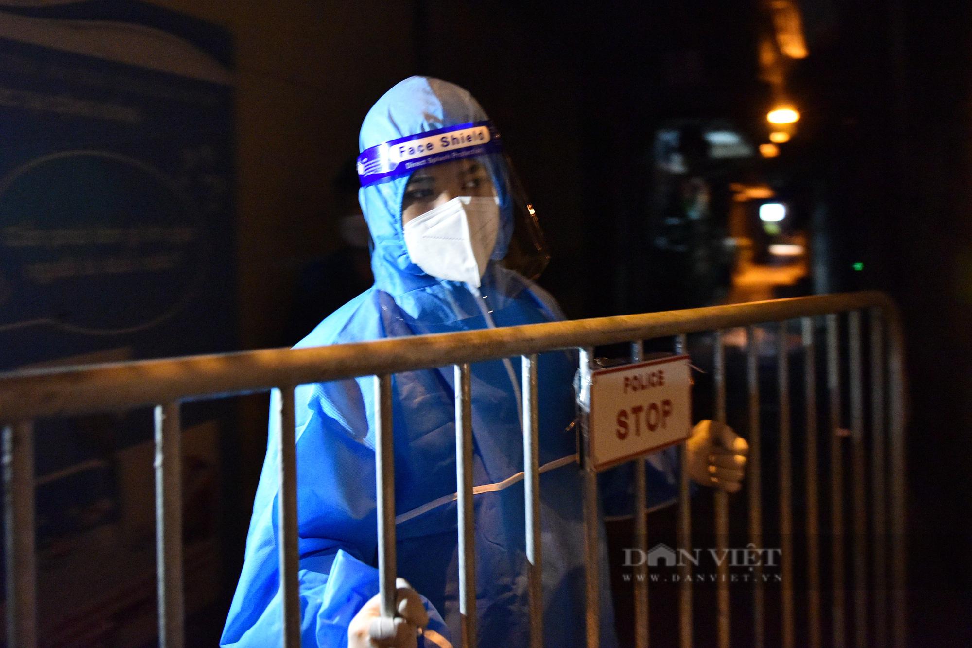 Hà Nội: Dỡ bỏ cách ly y tế với hơn 300 người dân tại phường Chương Dương - Ảnh 8.