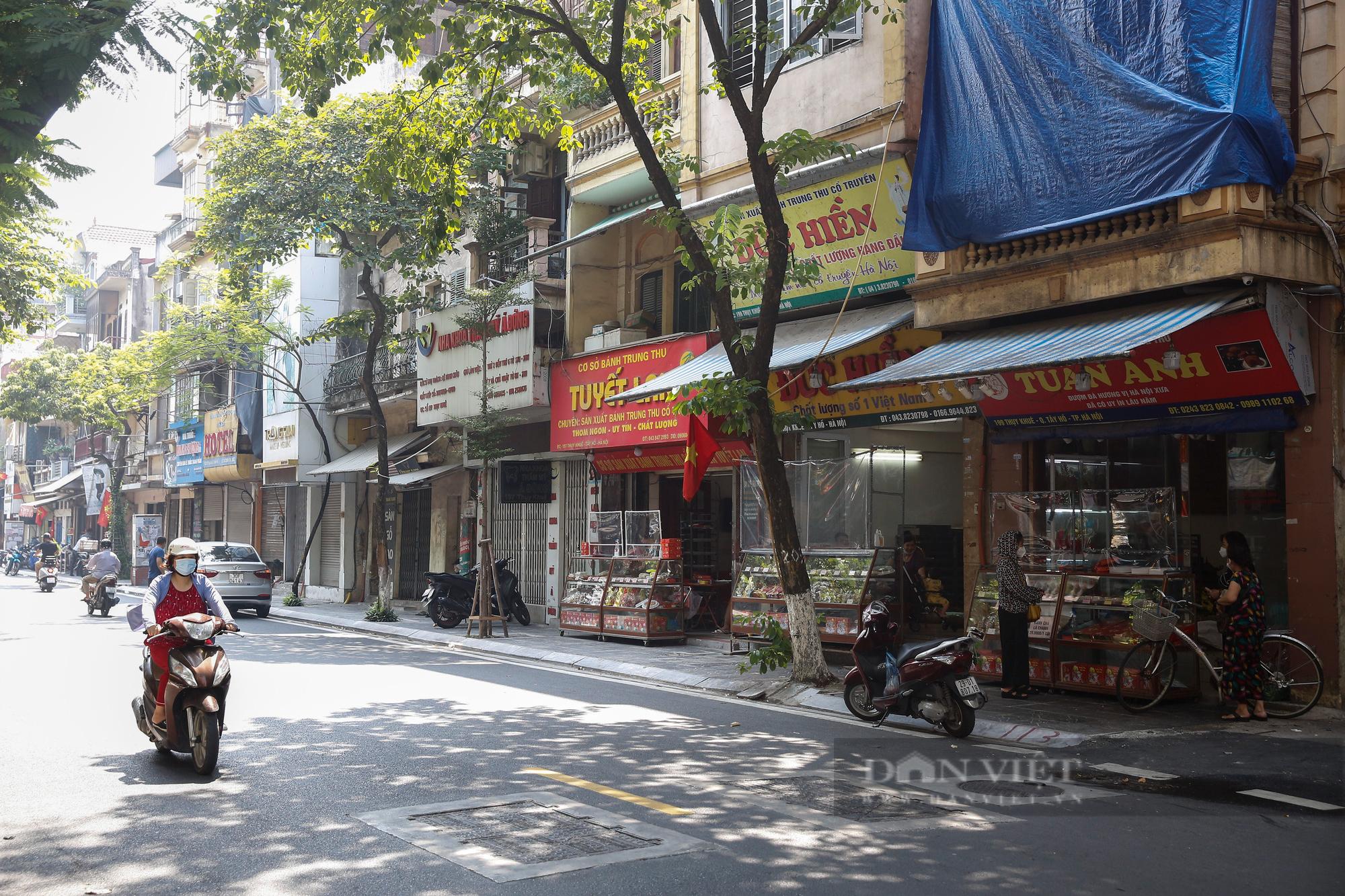 Thị trường bánh trung thu ảm đạm, cơ sở sản xuất loay hoay tìm kênh online - Ảnh 1.